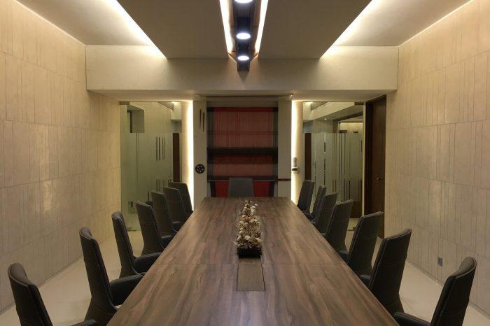 Conferene Table- Epilion