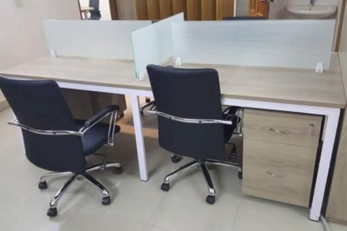 Glass Partition workstations (2)